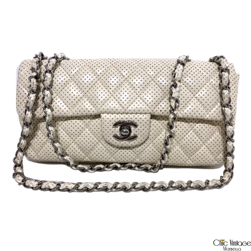 Bolso CHANEL Perforated Mini flap