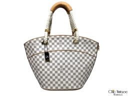 Bolso LOUIS VUITTON Mod. Pampelone