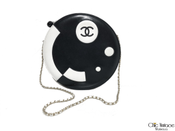Bolso Redondo CHANEL Black...