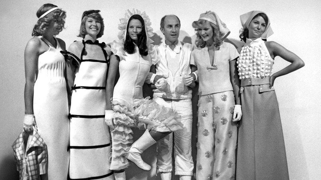 Andre Courrges presenting his new collection spring/summer 1973 with his models, January 23, 1973 © AGIP/RDA/Everett Collection (00228285)